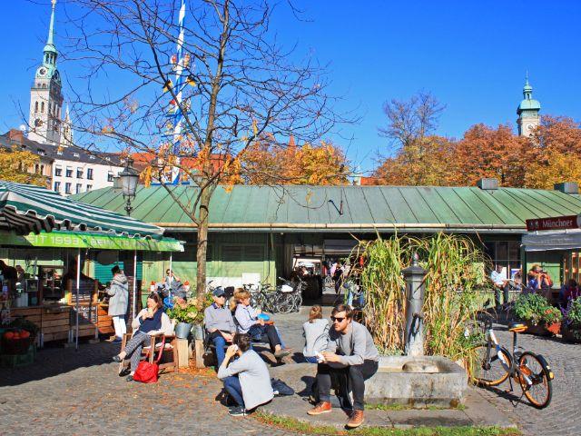 Sonniges Herbstwetter am Viktualienmarkt, Foto: muenchen.de/Leonie Liebich