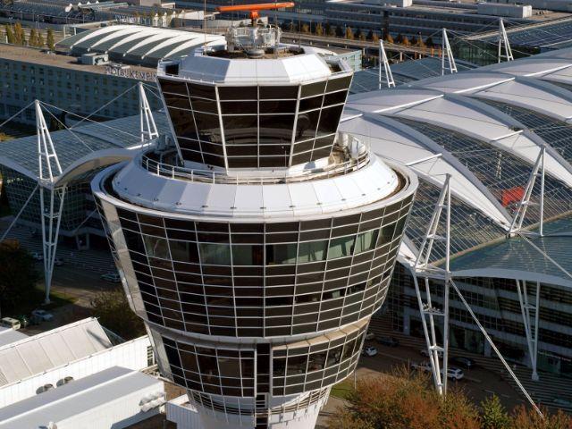 Tower am Münchner Flughafen, Foto: Flughafen München