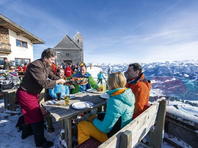 Brotzeit auf Skihütte, Foto: SkiWelt Wilder Kaiser-Brixental
