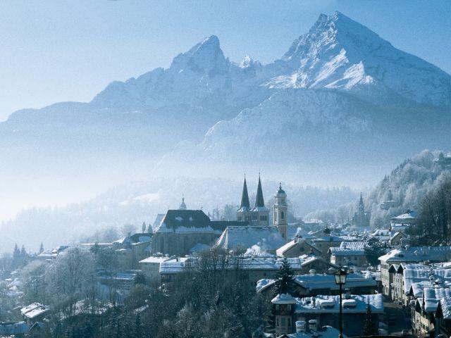 Berchtesgaden mit Watzmann im Winter, Foto: Berchtesgadener Land Tourismus/Wendt
