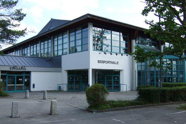 Der Eingangsbereich der Eissporthalle Erding, Foto: Stadtwerke Erding