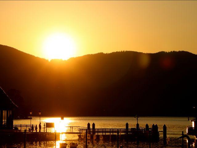 Badevergnügen am Tegernsee, Foto: Gemeinde Rottach-Egern/See- und Warmbad