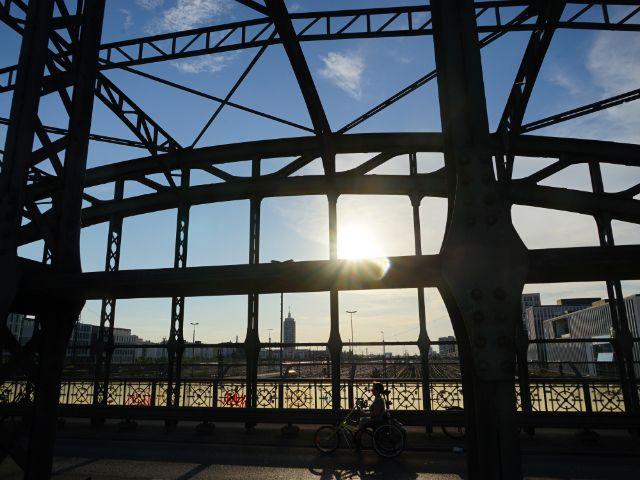 Tolle Stimmung an der Hackerbrücke, Foto: Dan Vauelle