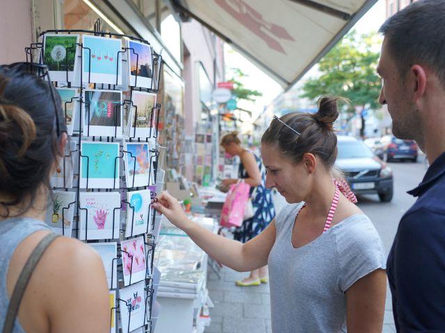 Postkarten von daheim, Foto: Dan Vauelle