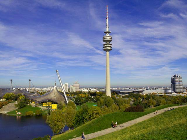 Olympiaturm im Ganzen, Foto: Katy Spichal