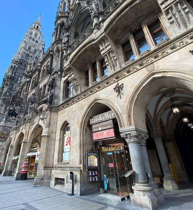 Der Ratskeller am Münchner Marienplatz, Foto: Anette Göttlicher