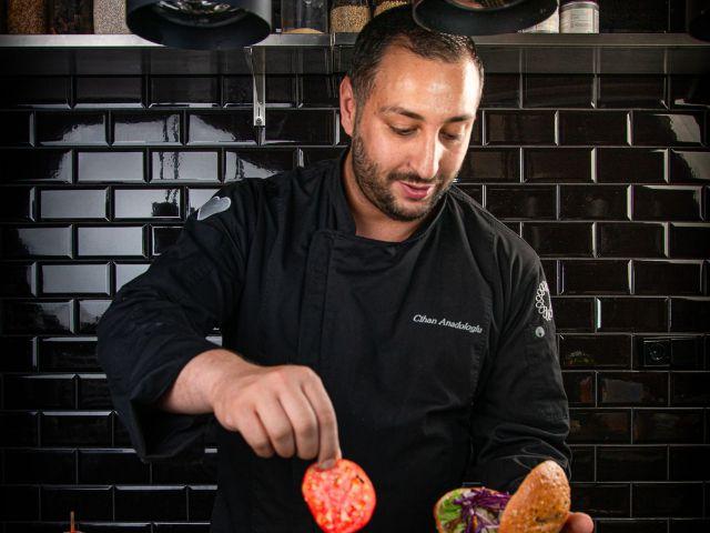 Cihan Anadologlu ist Döner- und Bar-Experte, Foto: Hans Kebab