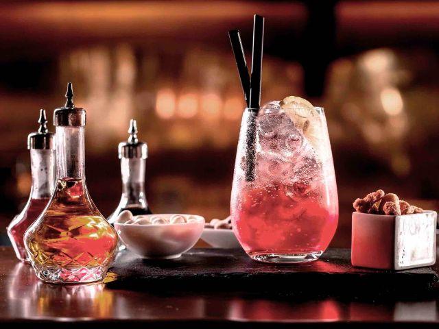 Gin in der Josefa Bar, Foto: Platzl Hotel