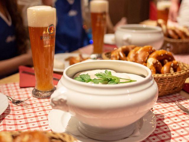 Kesselfrische Weißwürste beim Spöckmeier, Foto: Spöckmeier