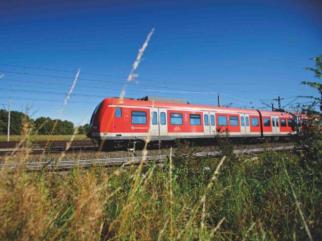 S-Bahn im Umland, Foto: MVV