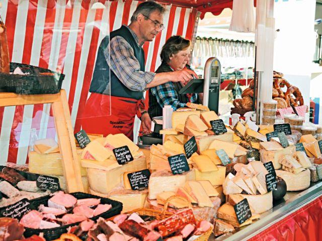 Marktstand in Parsdorf