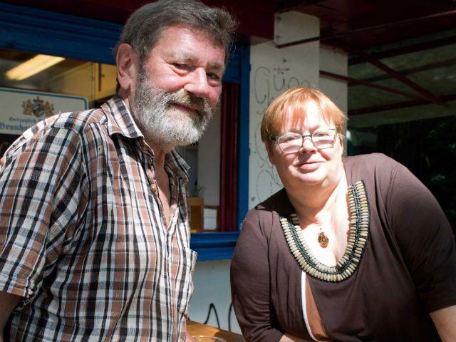 Besitzer des Isarwahn-Kiosks Cornelia und Gundolf Straub