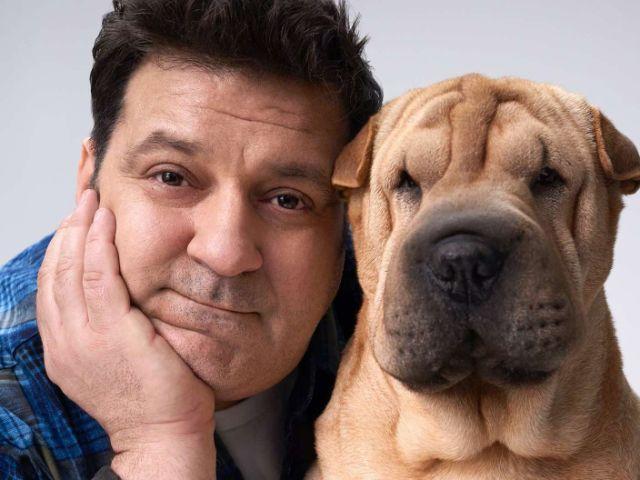 Mann mit Hund, Foto: Hirmer