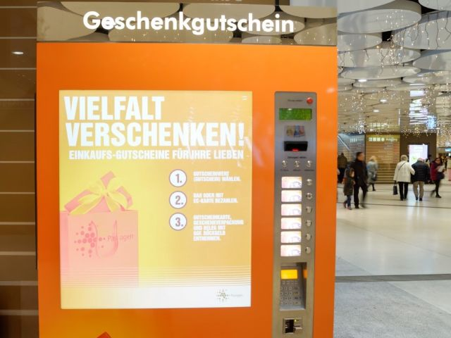 Automat für Geschenkgutscheine in den Stachus Passagen, Foto: Stachus Passagen