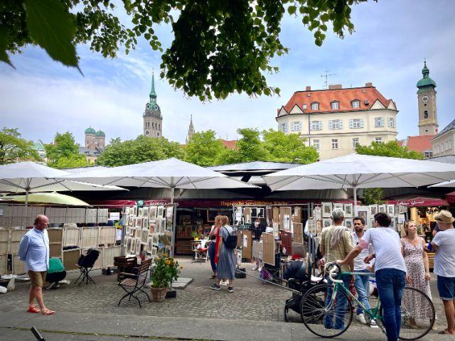 ArtLokal 2021 auf dem Viktualienmarkt, Foto: Anette Göttlicher