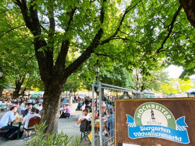 Der Biergarten auf dem Viktualienmarkt, Foto: Anette Göttlicher