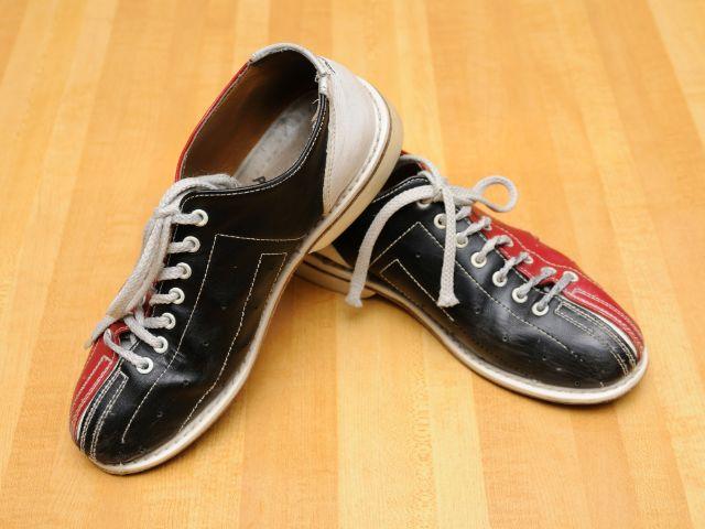 Bowlingschuhe, Foto: Norman Chan / Shutterstock.com
