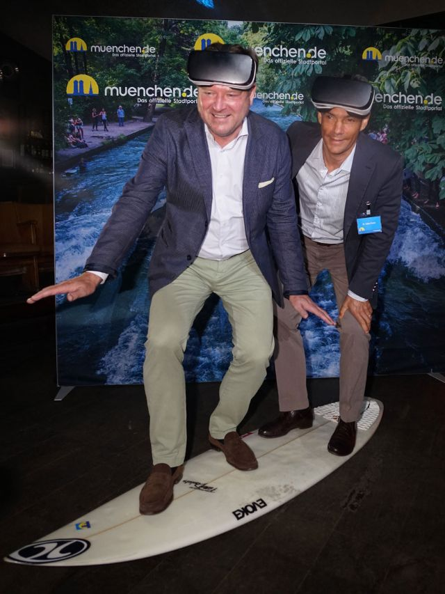 Bürgermeister Josef Schmid und muenchen.de-Geschäftsführer Dr. Lajos Csery, Foto: muenchen.de/Dan Vauelle
