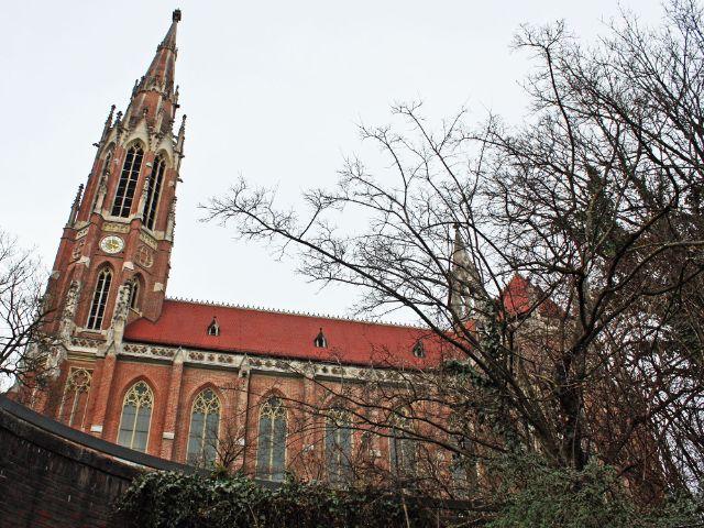 Die Heilig-Kreuz-Kirche in Giesing, Foto: muenchen.de/Leonie Liebich