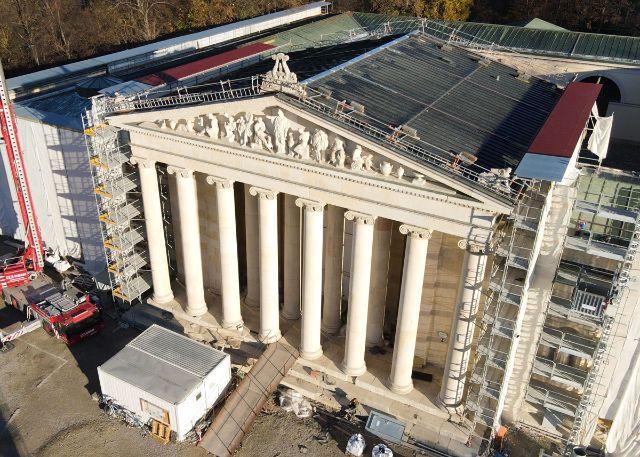 Die Glyptothek erstrahlt nach Sanierungsarbeiten an der Fassade wieder wie neu, Foto: StMB