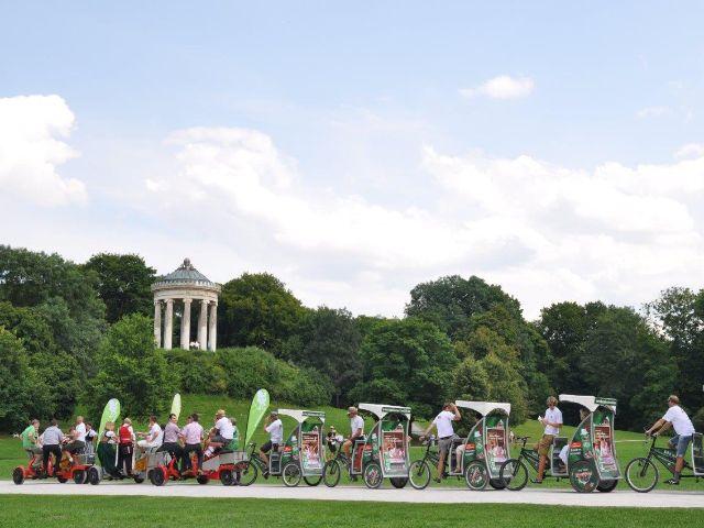 Conference Bikes vor dem Monopteros im Englischen Garten, Foto: Pedalhelden