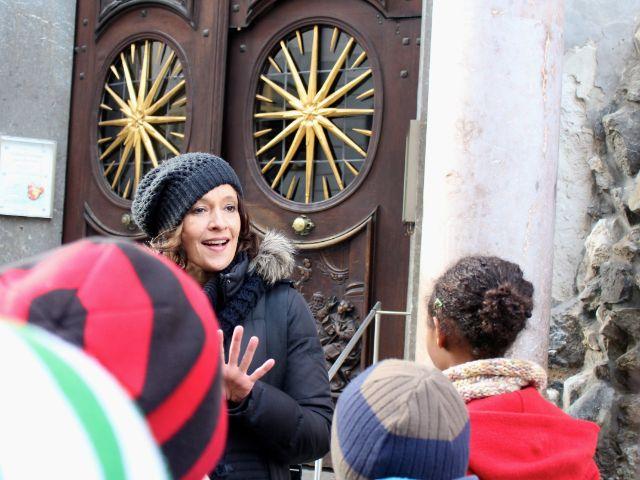 Stadtführung vor der Asamkirche, Foto: Stadtdetektive