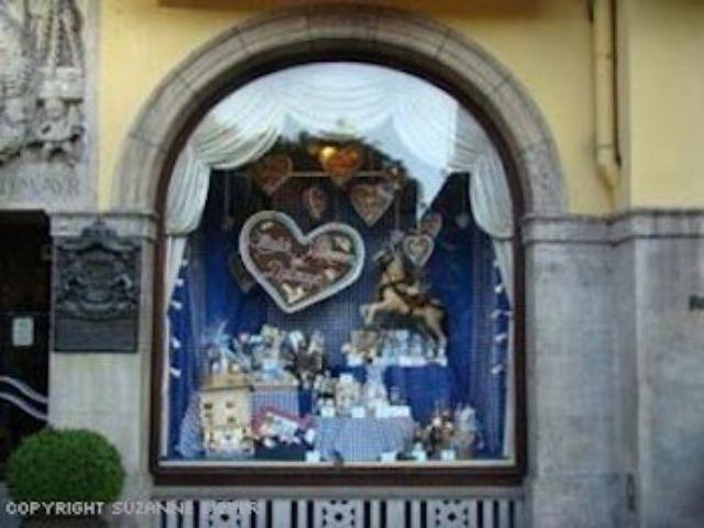 Schaufenster, Foto: Suzanne Bieber, FFF