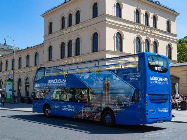 Blick vom Doppeldecker-Bus auf das Schloss Nymphenburg, Foto: Gray Line Sightseeing