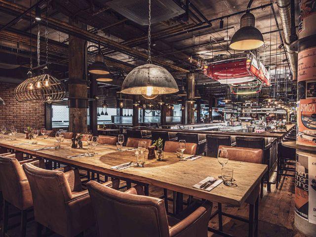 """Restaurant """"Motorworld Inn"""" in der MOTORWORLD München, Foto: MOTORWORLD München"""