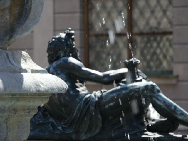 Brunnen mit Figur, Foto: YourMunichTour