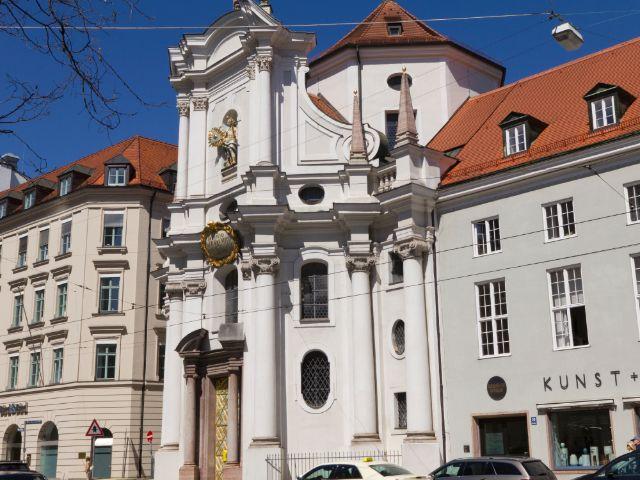 Dreifaltigkeitskirche in München, Foto: Katy Spichal