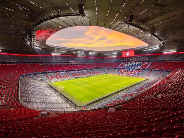 Innenraum der Allianz Arena in der Dämmerung, Foto: Allianz Arena