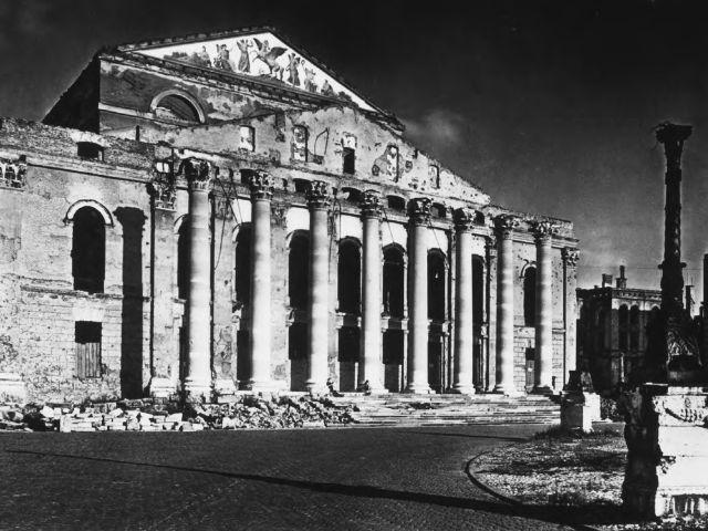 Die Ruine des Nationaltheaters nach dem Bombenangriff im Zweiten Weltkrieg., Foto: Bayerische Staatsoper