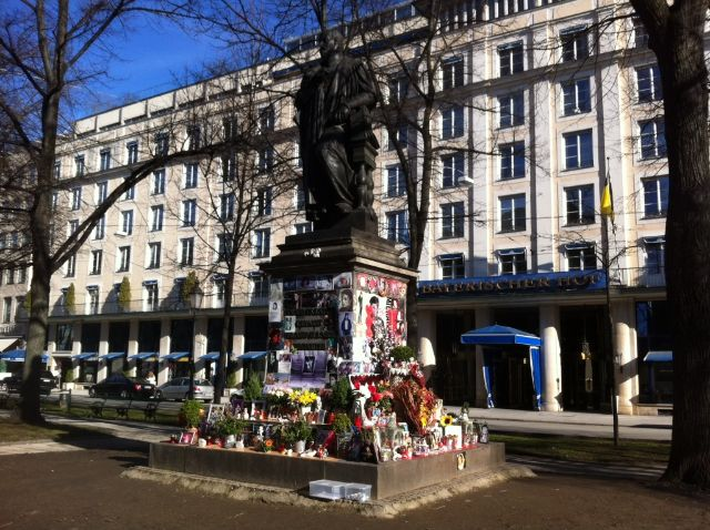 Michael Jackson Gedenkstätte am Bayerischen Hof, Foto: Constanze Groebmair