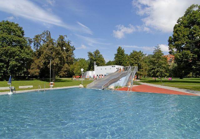 Munich's oldest public swimming pool!, Foto: SWM