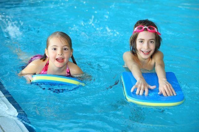 Schwimmkurs für Kinder in München, Foto: SWM