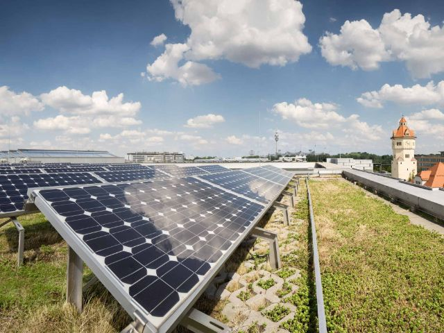 Photovoltaikanlage Agnes-Pockels-Bogen, Foto: Nick Frank