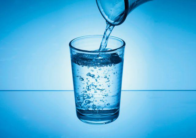Gesunde Ernährung mit Trinkwasser
