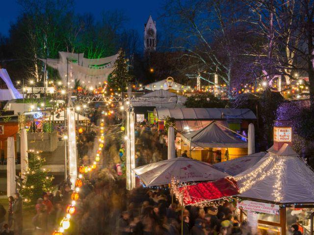 Blick auf den Schwabinger Weihnachtsmarkt, Foto: Schwabinger Weihnachtsmarkt