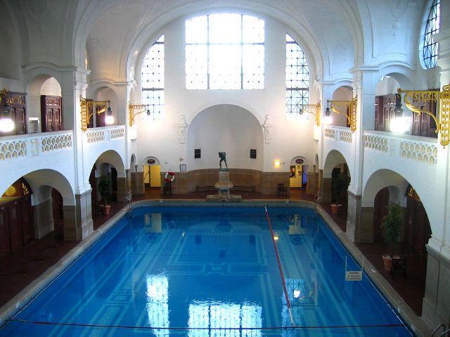 m llersches volksbad schwimmbad in au haidhausen auf. Black Bedroom Furniture Sets. Home Design Ideas