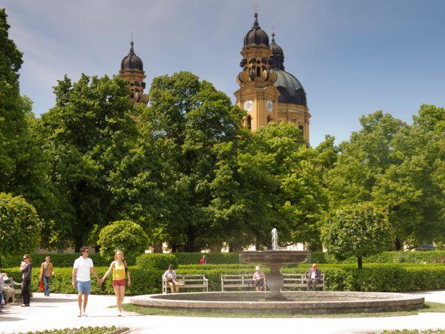 So genießen die Münchner die ersten Sommertage, Foto: Katy Spichal
