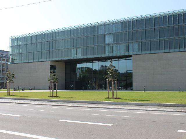 Hochschule für Film und Fernsehen München, Foto: Melanie Meinig/industrieBAU