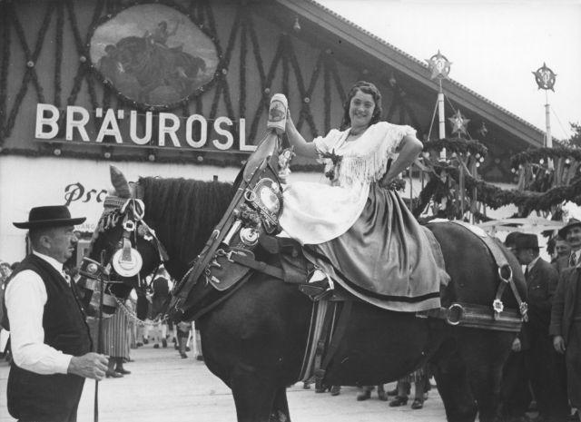 Oktoberfest 1938, Foto: Nortz/Stadtarchiv München/ZBE_B1132