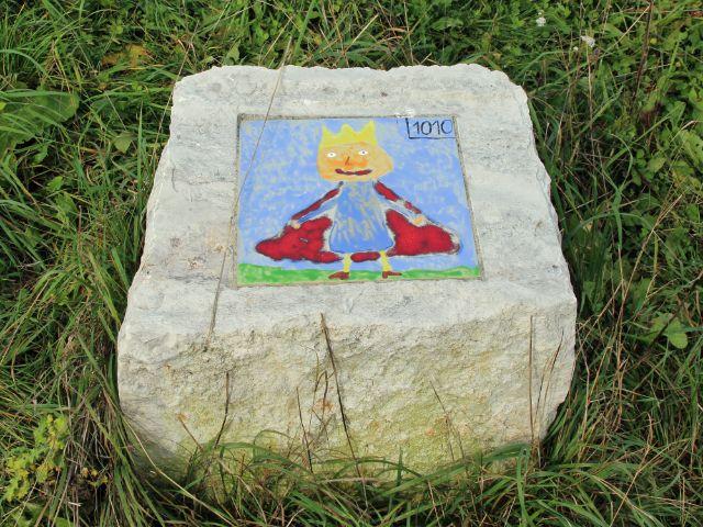 bemalter Stein des Geschichtspfads Aubing, Foto: Christian Brunner