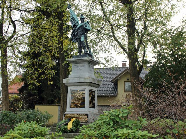 Kriegerdenkmal in Alt-Aubing, Foto: Christian Brunner