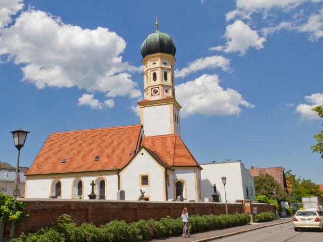 St. Peter Kirche in München Hadern, Foto: Katy Spichal