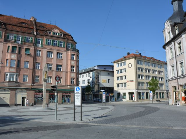 Pasinger Marienplatz 2015 nach dem Umbau , Foto: Michael Hofmann / muenchen.de