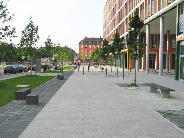 Esplanade Ganghoferstraße in München Schwanthalerhöhe, Foto: Baureferat München/Heinz Grünberger