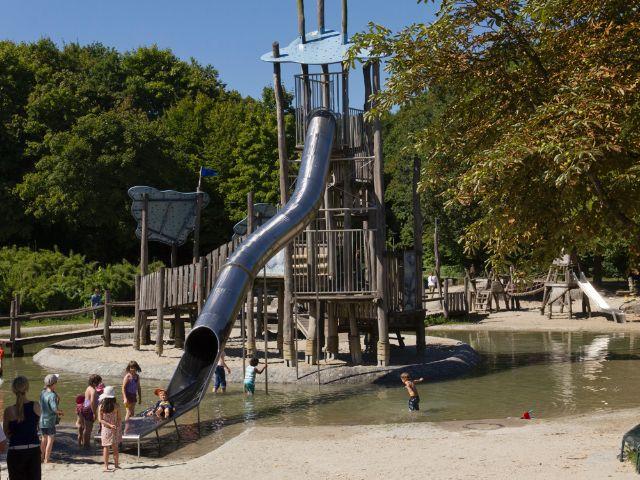 Der Wasserspielplatz im Westpark, Foto: Katy Spichal