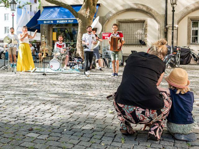 """""""Donnerbalkan"""" auf dem Stephansplatz, Foto: Anette Göttlicher"""
